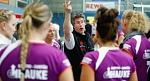 Foto: VC-Coach Thomas Plathner schwört seine Damen ein, auch gegen Aufsteiger Senden ans Limit zu gehen.